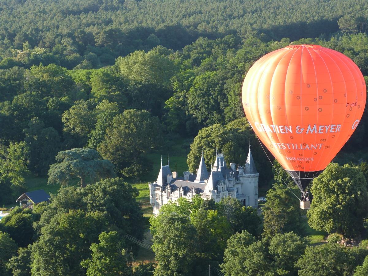 Ballon Château de Salvert Parc Foret