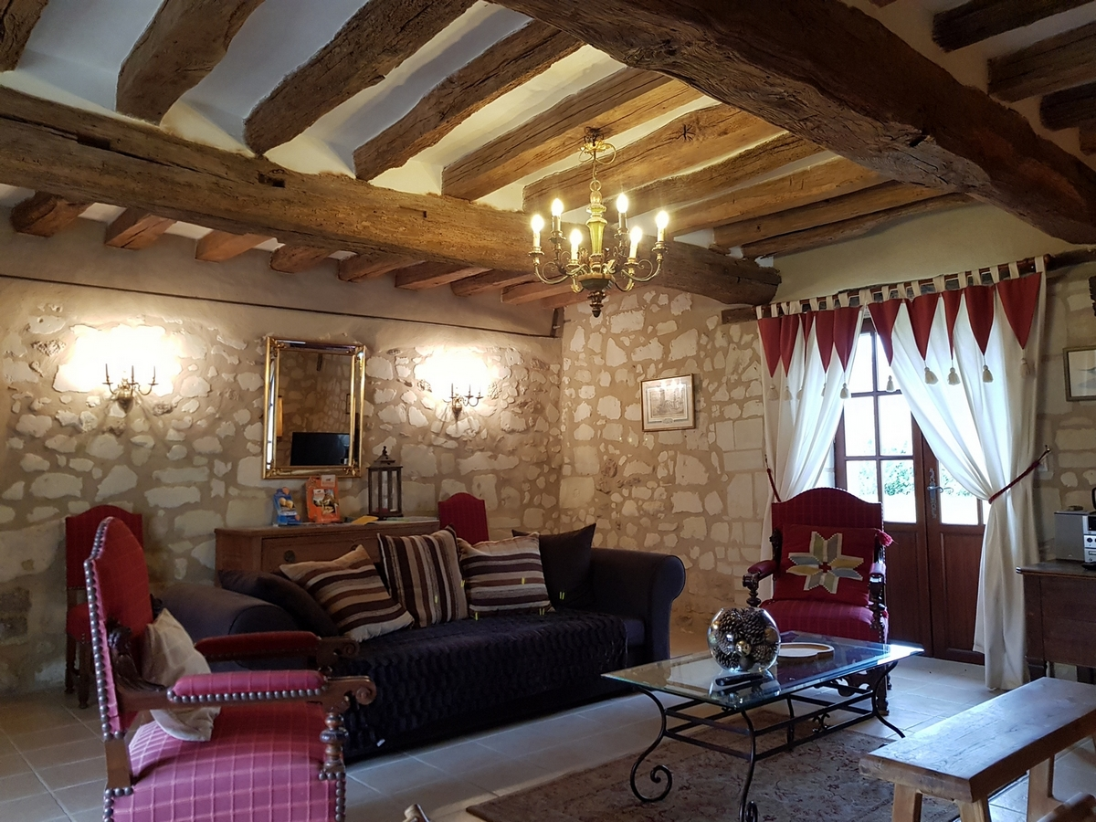Salon cottage gite La brosse