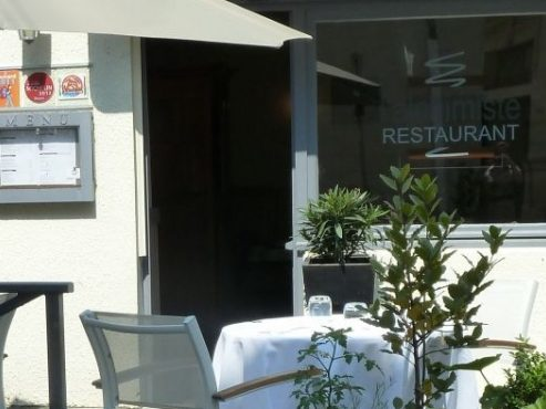 Devanture terrasse restaurant l'alchimiste saumur